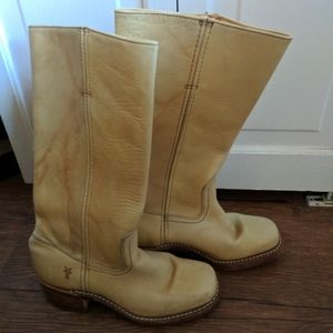 Frye campus banana boots size seven 7 display
